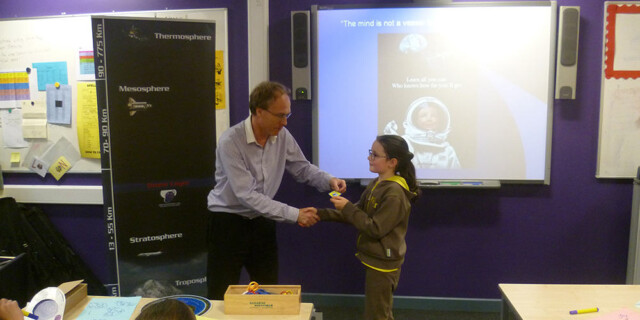 Keighley Brownies Astronomy interest day at the University Academy Keighley